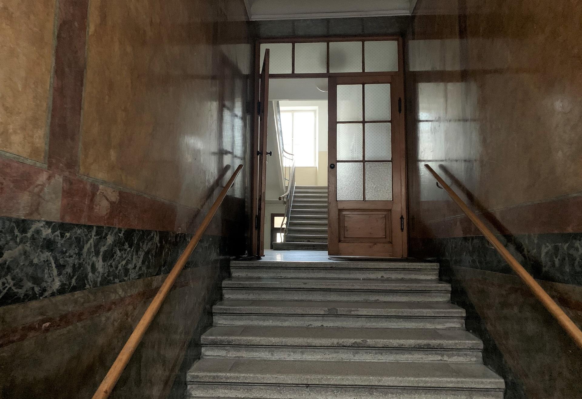 Einzigartiges Zinshaus/ Ceconi Villa aus dem Jahr 1911 in frequentierter Stadtlage